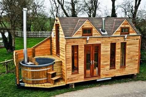 tiny homs 12 awesome tiny homes tiny home plans for preppers