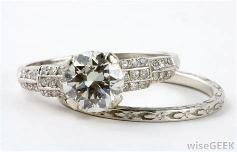 what are the different styles of wedding rings with