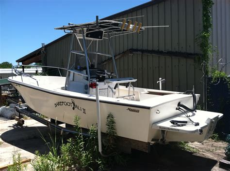 full form of boat 1979 23 mako w closed transom and stainless bracket