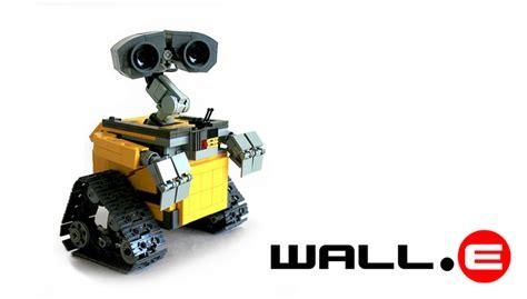 film robot e bambino lego announces wall e set is on the way