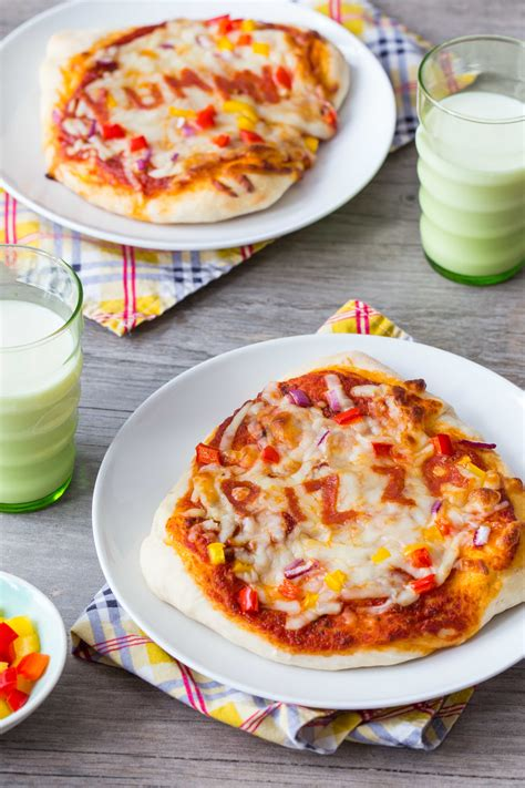 30 minute pizza crust mini pizzas my baking addiction