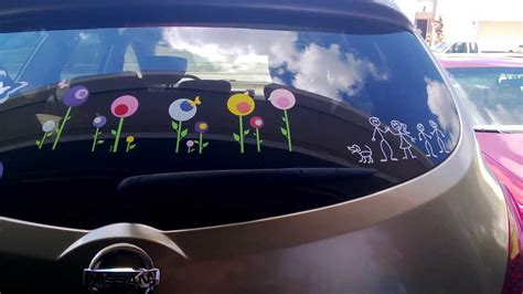 Auto Glass Decals Remove by How To Remove Vinyl Signs Decals Or Designs From A Car