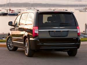 2015 Town And Country Chrysler 2015 Chrysler Town And Country Price Photos Reviews