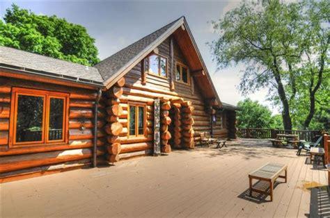 Lake Geneva Wisconsin Cabins by Magnificent Log Home In Lake Geneva Wisconsin Luxury Homes Mansions For Sale Luxury Portfolio
