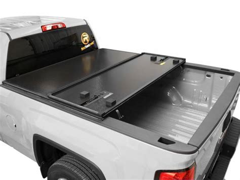 rugged bed rugged cover premium fold tonneau cover realtruck
