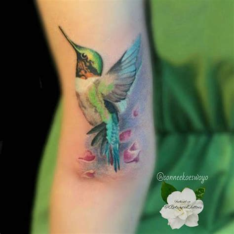 realistic hummingbird tattoos 41 large and small hummingbird tattoos