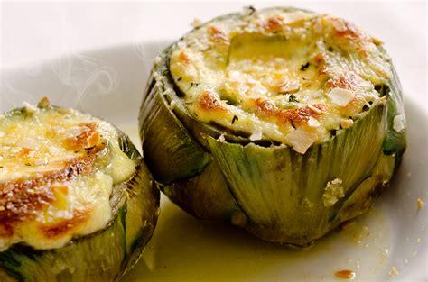 come si cucinano i carciofi alla giudia artichoke with baked brie sauce recipe food republic