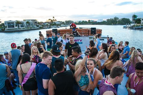 boat cruise gold coast party schoolies gold coast club crawl party boat 18 and u18