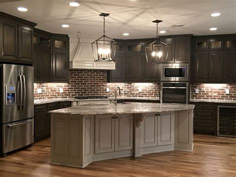 country kitchen cabinets ideas 25 best ideas about kitchen brick on exposed