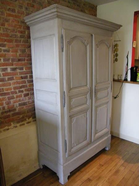 armoire normande peinte armoire ancienne repeinte en gris et patin 233 e atelier de