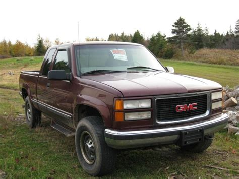 auto body repair training 1998 gmc 2500 electronic toll collection 1998 gmc sierra 2500 burgundy 4 x 4 pickup truck used auto 250400 km buy for 7500 price in