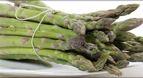 alimenti afrodisiaci per uomo cibi afrodisiaci dagli asparagi all aglio ecco la top 10