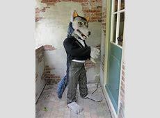 De grote boze wolf bij Sprookjeswonderland in Enkhuizen ... J