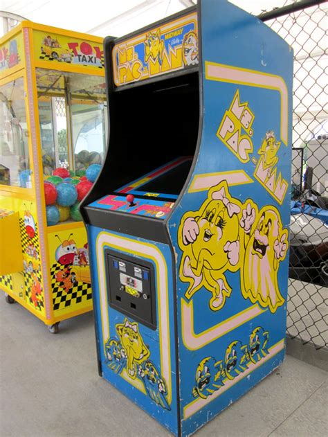 ms pacman arcade cabinet there should be a rescue organization for arcade cabinets