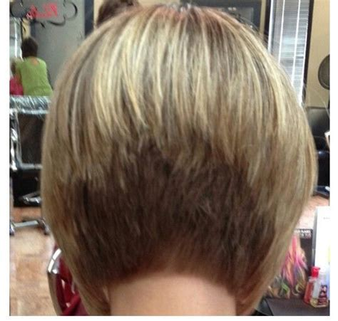 layered bob at crown the stacked bob hair style is a tightly layered short hair