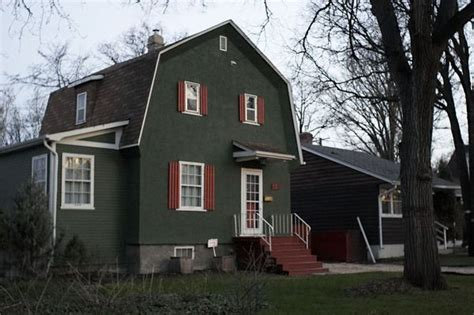 barn shaped houses 164 best images about gambrel mansard roof dwellings on