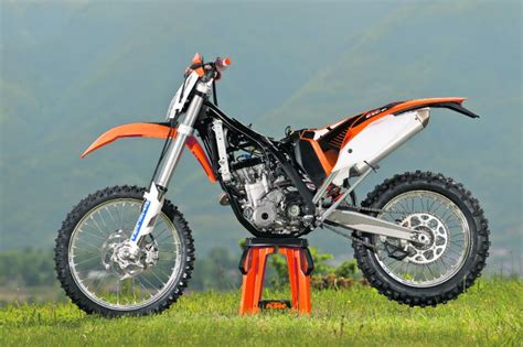 Ktm 350 Exc F Seat Height Ktm Excf350 2011 On Review Mcn