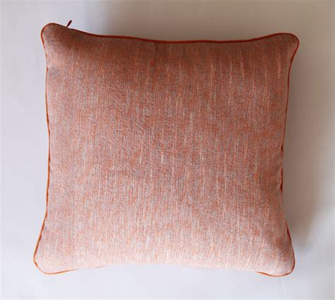 how to sew a pillow with piping and an invisible zipper