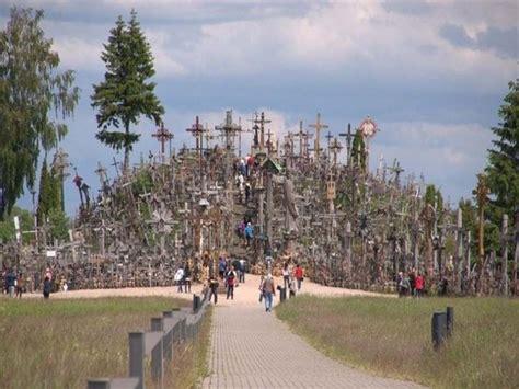 Dasi Salib kisah bukit ditumbuhi ratusan ribu salib di lithuania