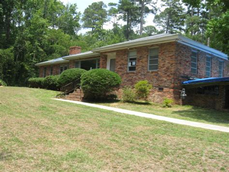 1845 lullwater circle macon ga 31211 foreclosed home
