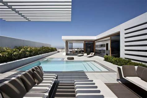 Inter House Design Modern Architecture Harborview By Laidlaw Schultz