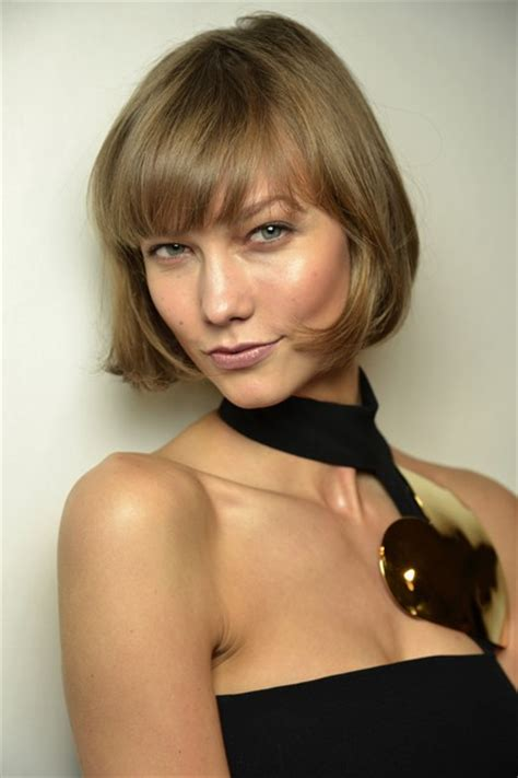 hair style of karli hair model karlie kloss cried over bob haircut hairstyle vogue