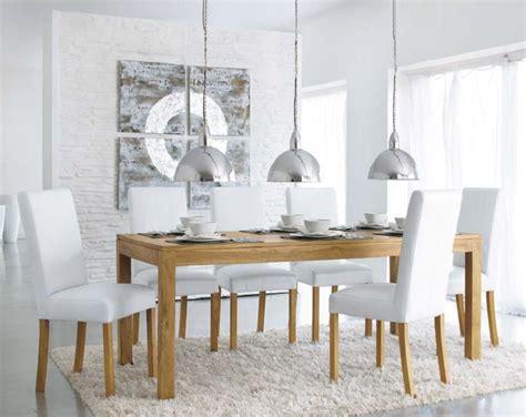 decoration interieur maison du monde une table 224 d 238 ner en teck massif pas ch 232 re chez maisons du
