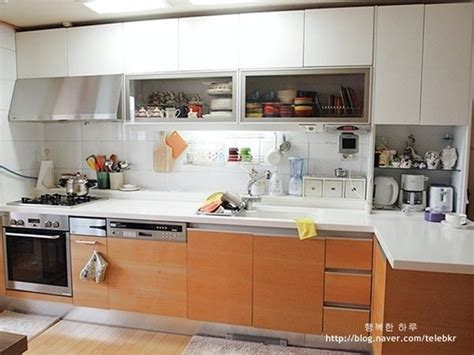 Korean Kitchen by What Does A Typical South Korean Kitchen Look Like Quora