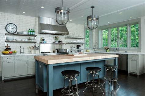 Industrial Style Kitchen Lights 10 Industrial Kitchen Island Lighting Ideas For An Eye Catching Yet Cohesive D 233 Cor