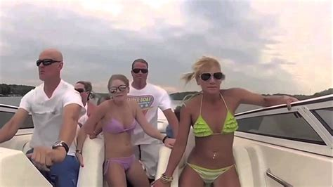 boat crash video turn down for what turn down for what l ora esatta boat crash youtube