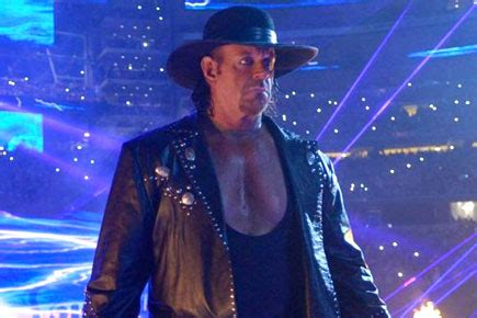 wwe smackdown live: the undertaker and edge for special
