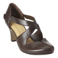 comfortable dress shoes for women with wide feet 1000 images about what to wear on pinterest comfortable