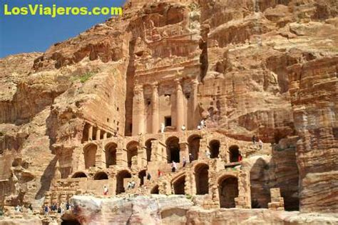 imagenes jordania urn tomb petra jordan travel pic
