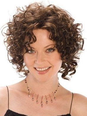chin length naturally curly hairstyles 17 best images about estilo on pinterest shorts short