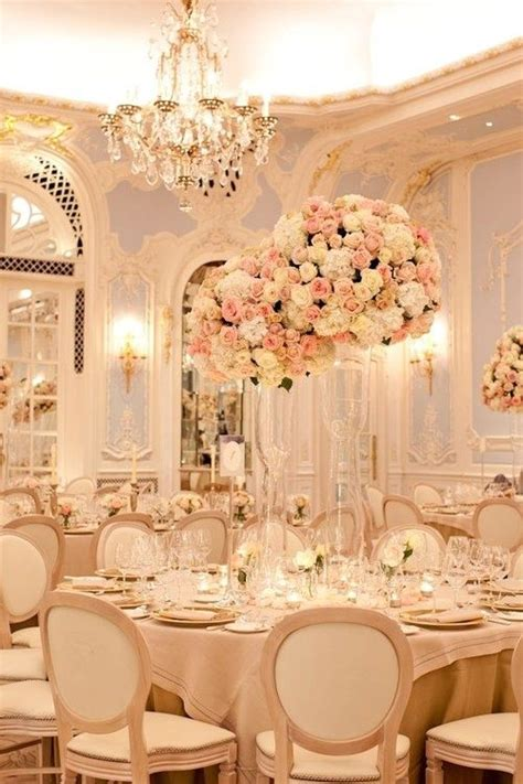 Pale Pink Wedding Decor by 17 Best Ideas About Chagne Wedding Decorations On