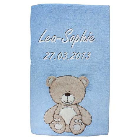 decke mit namen babydecke mit namen bestickt decke 76x102 cm geschenk zur