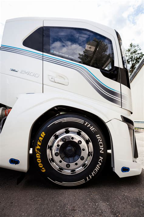 volvo truck design goodyear truck tires the fastest in the world
