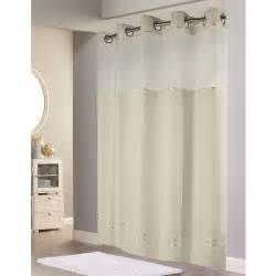 Hookless 174 escape polyester shower curtain w it s a snap