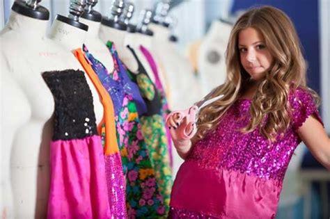 design clothes tv show cecilia cassini 12 year old italian american fashion