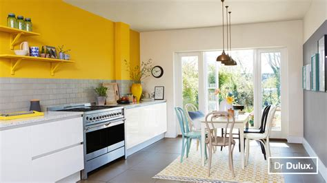 want to update a white kitchen here s dr dulux s tips on how dulux