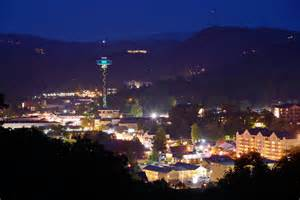 5 Bedroom Cabins In Pigeon Forge Tn stay within walking distance of downtown gatlinburg