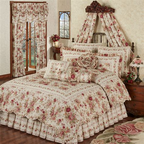 bedroom quilts heirloom rose 4 pc floral quilt set