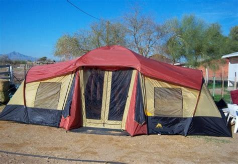 ozark trail 3 room xl vacation lodge best family cing tent how to select the right one for your needs