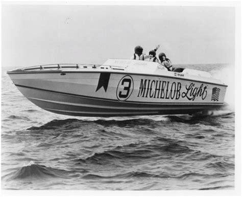cigarette boat builder national powerboat association website