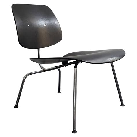 charles eames recliner original vintage charles and ray eames lcm recliner for