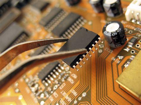 design for manufacturing adalah semiconductor winchester