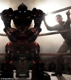 film robot boxing hugh jackman s real steel takes box office title with easy