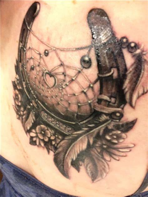 tattoo dreamcatcher wings 31 best horseshoe wings tattoo images on pinterest