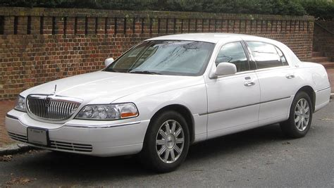 wiki lincoln lincoln town car simple the free