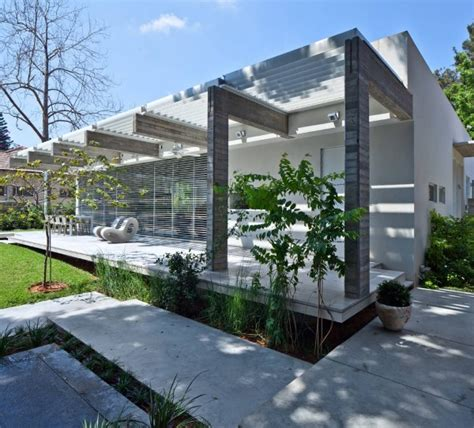 house pathway design pathway house by jacobs yaniv architecture thecoolist the modern design